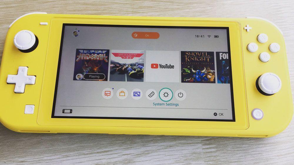 Image de couverture de [Expérience] La Nintendo Switch Lite testée par LastRealGamer